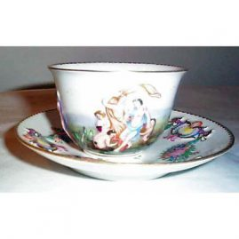 Capodimonte cup and saucer, late 19th century, Sold