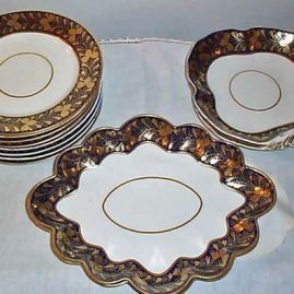 "Derby cobalt dessert set, 2 fluted bowls- 12"", 2 other bowls-10"" and 8 plates, 1780s-1830s, $2800.00"