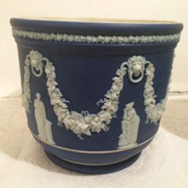 Large Wedgwood dark blue jardiniere