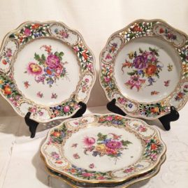 Four extra large Carl Thieme Potsnappel Dresden reticulated dinner plates