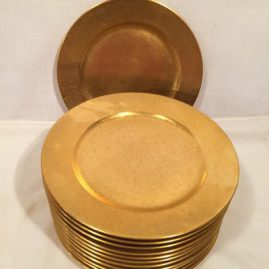 Set of twelve Pickard gilded dinner or service plates