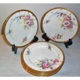 8 Royal Worcester luncheon or dessert plates, 9 inches , ca-1910, Sold