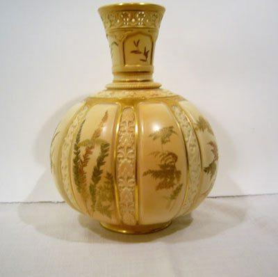 Royal Worcester China Elegant Findings Antiques