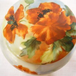 Top view of Limoges humidor that is painted with poppies