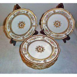 11 Wedgwood dessert plates