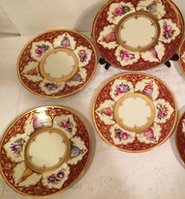Set of twelve Dresden plates
