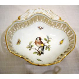 Meissen rare reticulatd bowl with painting of bird and bugs