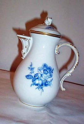 Meissen blue flowered coffee pot