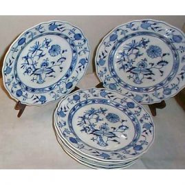 16 Meissen blue onion  dinners, ca-1880s-1910, Price on Request