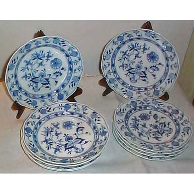 12 Meissen blue onion lunches or dessert