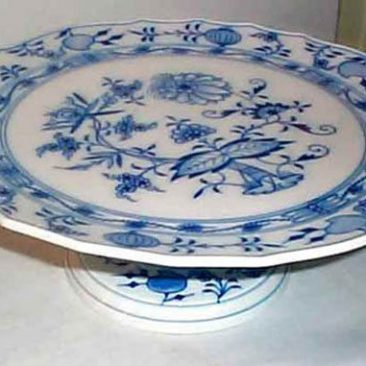 Meissen Blue Onion cake stand, diameter 12 1/2 inches, Sold.