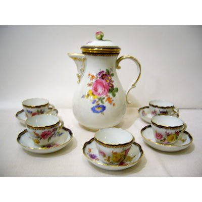 Meissen demitasse set with coffee pot and ten demitasse cups and saucers