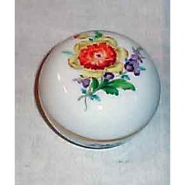 Meissen flowered box,  1923-1933, 3 inches. Sold. We have other Meissen boxes available