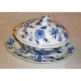 Meissen blue onion gravy  and cover, ca-1890s. Price on Request