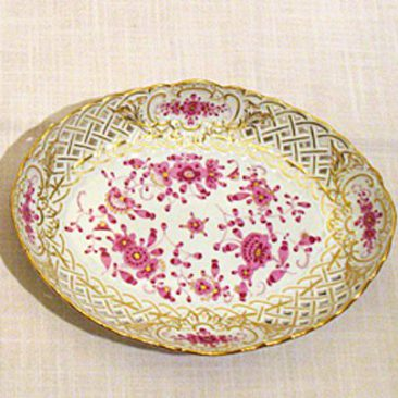 Pair of Meissen purple Indian reticulated bowls. Sold