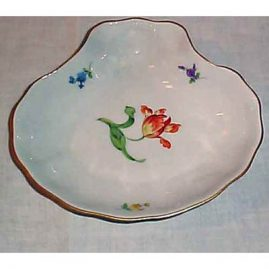 Meissen shell bowl with tulip