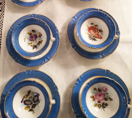 Set of eight Paris Porcelain cups and saucers each painted with different flowers