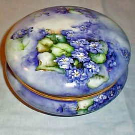 Limoges violet powder box, Tressemann & Voyt, 1892-1907, 8 inches, Sold