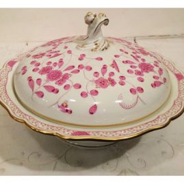 Meissen purple Indian covered bowl or vegetable. Width 11 1/2 inches by 9 inches tall.  Sold.