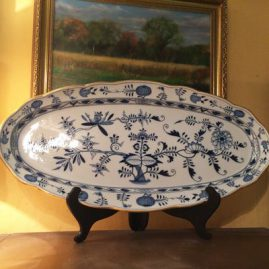 Large Meissen blue onion fish platter with gold rim, before 1890s, length-24 3/8 inches by 12 inches tall. Price on Request.