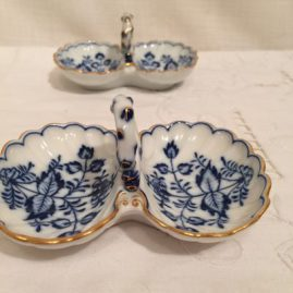 Two Meissen blue onion double salts. Circa-1890s-1920.  4 1/4 inches long by 3 inches tall. Price on Request.