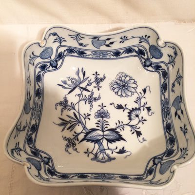Meissen blue onion four cornered bowl