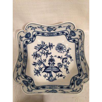 Meissen Blue Onion Dinnerware, Page 13 - Elegant Findings Antiques on