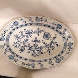 Large Meissen blue onion platter. Circa-1890s. 18 3/4 inches wide by 13 1/2 inches tall. Price on Request.