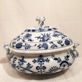 Meissen blue onion soup tureen. Circa-1890s. 16 inches wide by 12 inches tall. Price on Request