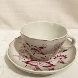 Set of twelve rare Meissen pink onion cups and saucers