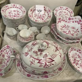 Extremely Rare Pink Onion Meissen Dinner Service