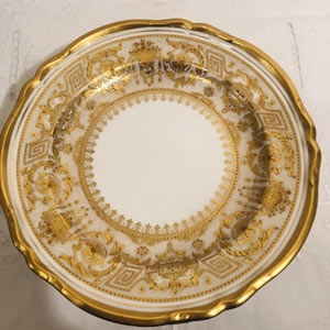 Set of 10 profusely gilded Copelands, China, English dessert or luncheon plates.