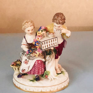 Meissen Figural Group of Girl and Boy and Two Birds