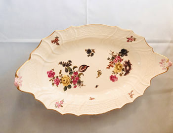 Large Dot Meissen Platter With Paintings of Bouquets of Flowers