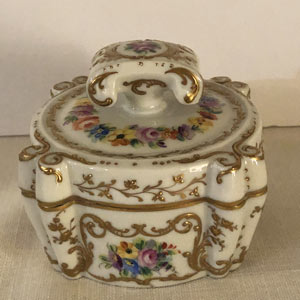 Le Tallec Dresser Box With Elaborate Raised Gilding and Four Painted Bouquets
